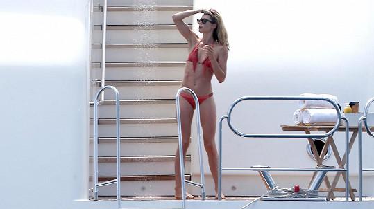 Doutzen Kroes na jachtě v St. Tropez