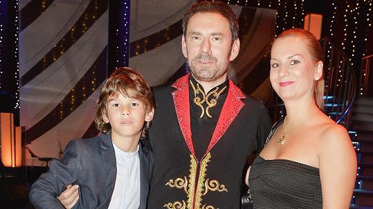 Kuchaře Ridiho chodí pravidelně podporovat syn se svou maminkou Janou.