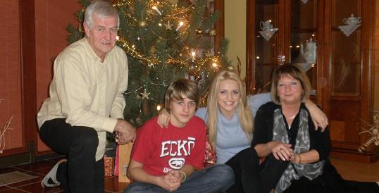 Vánoce Gábiny Gunčíkové s bratrem a prarodiči