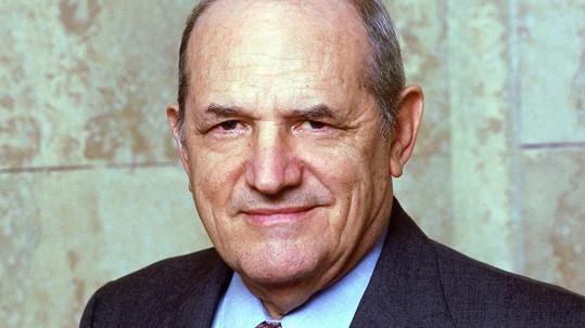 Steven Hill zemřel ve věku 94 let.