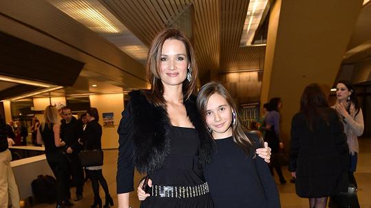 Klára Doležalová s dcerou Natálií