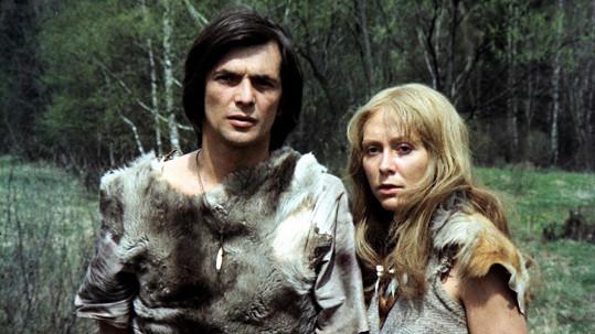 Jiří Bartoška a Gabriela Osvaldová ve filmu Volání rodu