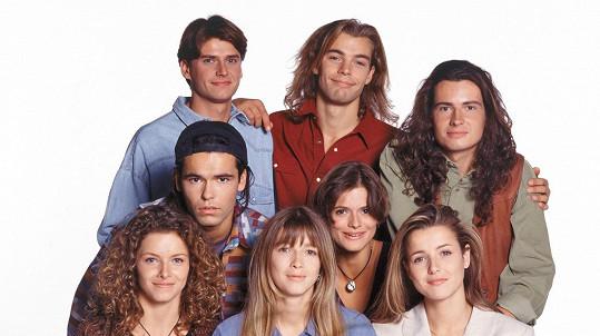 Seriál Helena a její chlapci byl populární v 90. letech.