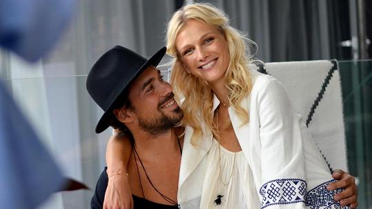 Zuzana Stráská se svým snoubencem Matyášem