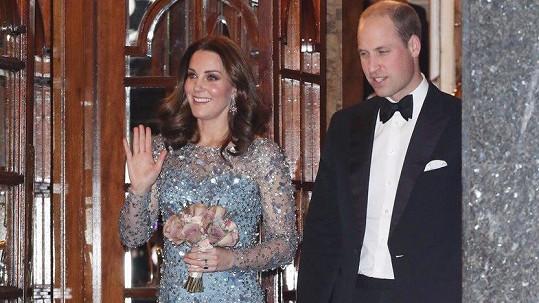 Kate a William si užili divadelní představení.