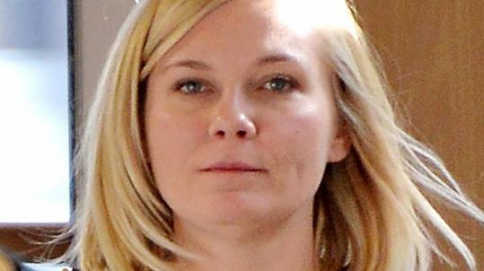 Kirsten Dunst se v soukromí nerada líčí.