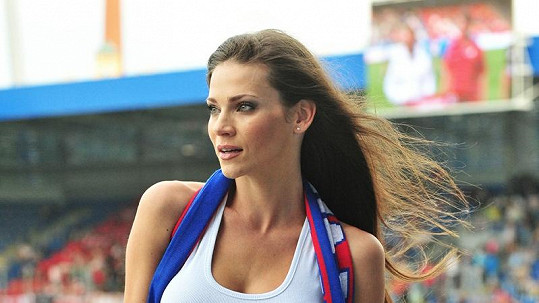 Andrea Verešová na fotbale.