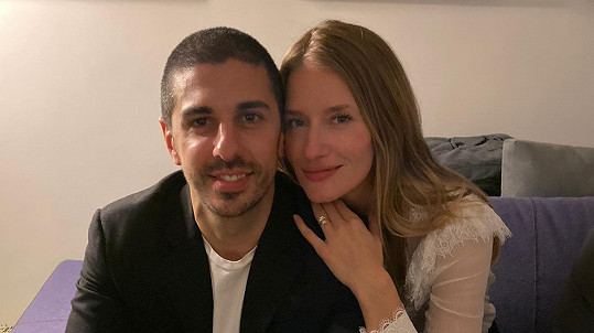 Linda Vojtová se bude vdávat.