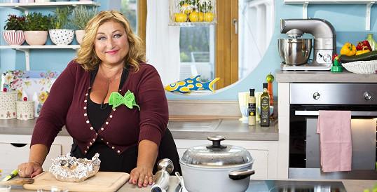 Halina Pawlowská natáčí pořad o vaření.