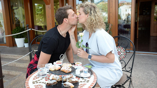 Peter Pecha s manželkou