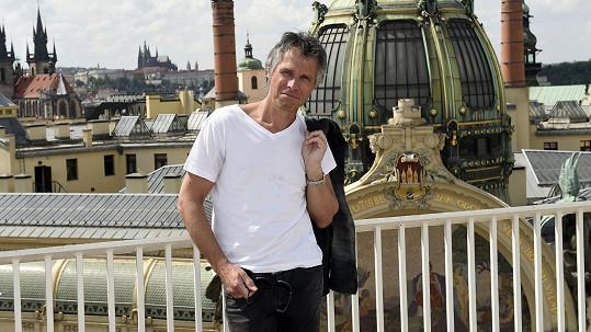 Ledecký bude trávit léto v Řecku.