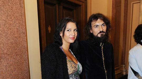 Varhan Orchestrovič Bauer s těhotnou manželkou Barbarou