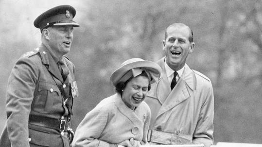 Princ Philip uměl rozesmát nejen svou manželku.