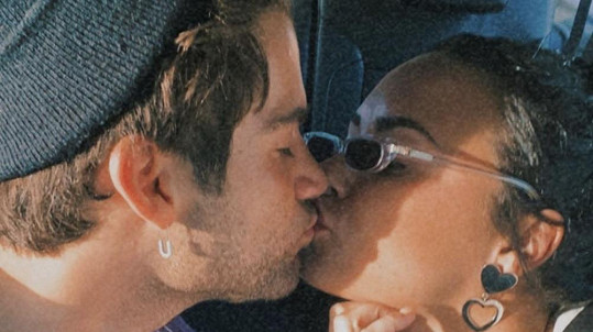 Demi Lovato a Max Ehrich