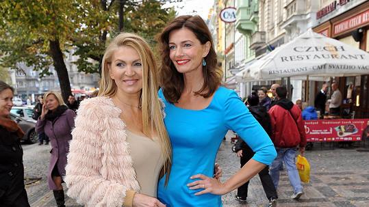 Nyní dělá Martině v Praze společnost topmodelka Pořízková. Příště to bude manžel Miloš.