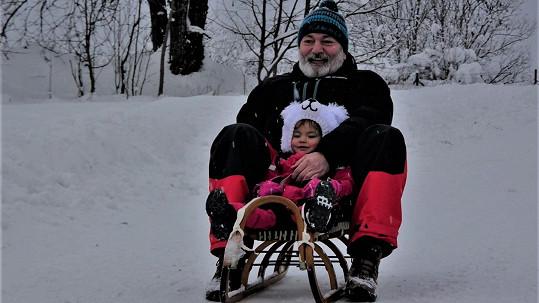 Daniel Hůlka s dcerkou