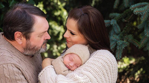 Ornella Koktová s rodinou
