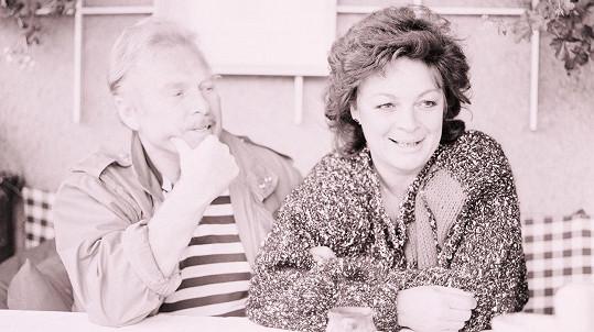 Luděk Munzar na archivním snímku s manželkou Janou Hlaváčovou