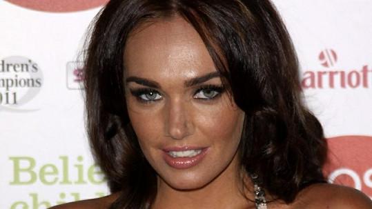 Tamara jako kdyby Megan Fox z oka vypadla.