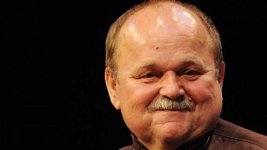 Jozef Bednárik má dnes pohřeb.