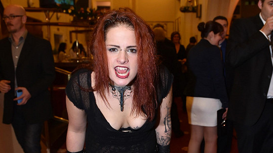Lo Hrůzová na Slavících šokovala nevhodným outfitem.