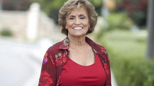 Marie Kolstad na 84 let rozhodně nevypadá.