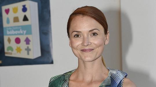 Radka Třeštíková je krásná, křehká a talentovaná.