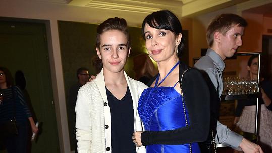 Nela Boudová se synem Daliborem