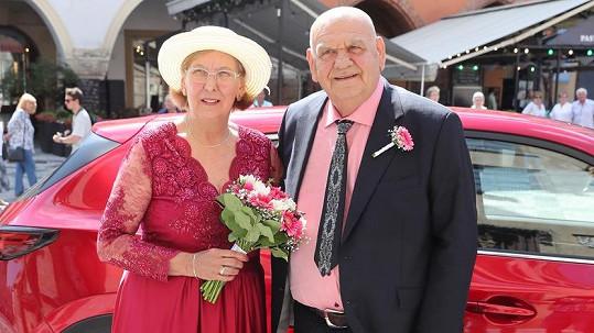 František a Marie Nedvědovi obnovili svatební slib.