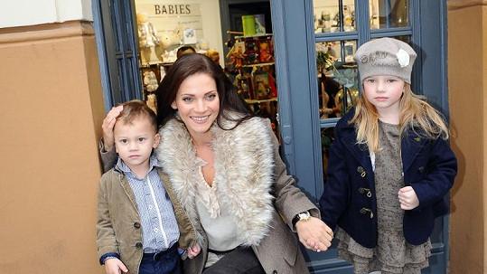 Andrea Verešová s dcerou Vanessou a synem Danielem nafotili společně kampaň.