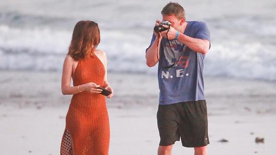 Ana de Armas a Ben Affleck tvoří nový hollywoodský pár.