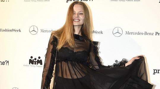 Magdalena Frackowiak na pražské módní události