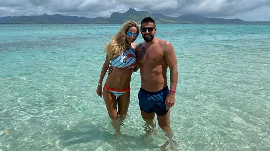 Tereza Barošová a Milan Baroš na dovolené