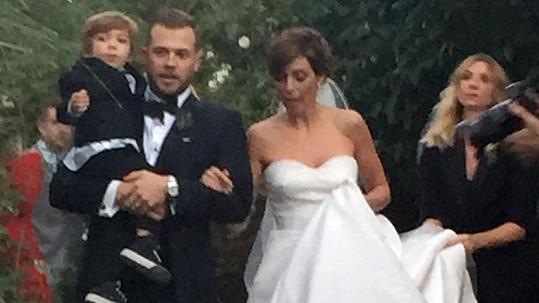 Jamie-Lynn Sigler a Cutter Dykstra měli na svatbě dvouletého syna.