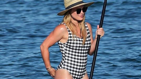 Koníček Hilary Duff se projevuje i na pevnosti hereččiny postavy.