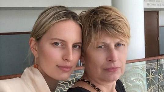 Karolína Kurková a její maminka Eva
