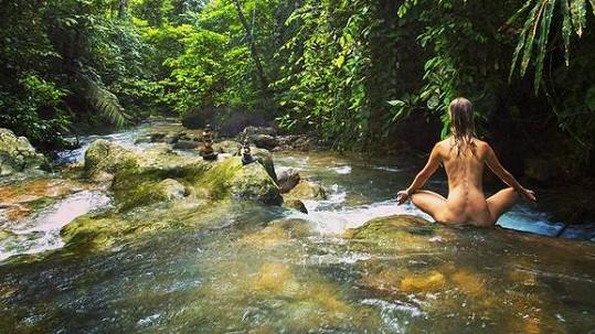Helena Houdová žije v souladu s přírodou.