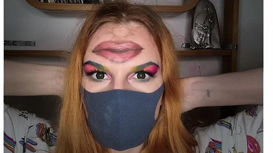 Iva Pazderková přišla s novým módním trendem.