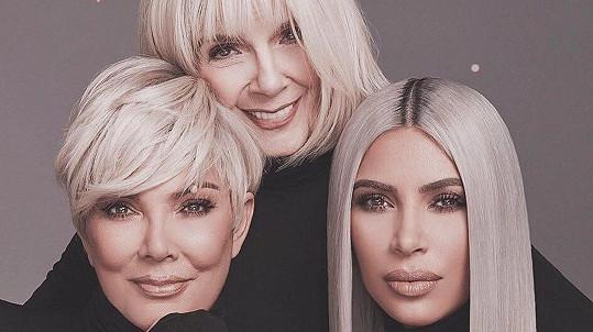 Kim zapojila do kampaně maminku i babičku.