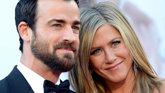 Justin Theroux a Jennifer Aniston