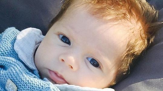 Tříměsíční Sasha je opravdu kouzelné dítko.