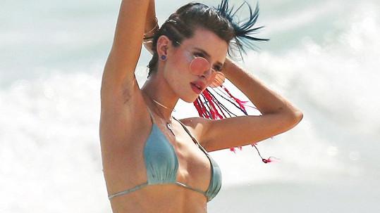 Bella Thorne řádí na dovolené v Mexiku...