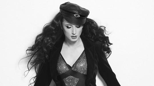 Kdo se stal bohyní popu Cher?