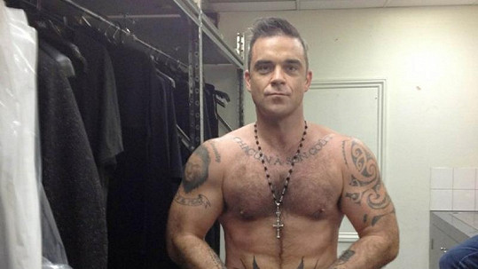 Robbie Williams a jeho postava.
