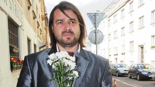 Macura na pohřeb Ivety Bartošové jít nechtěl. Bál se, že by to emočně nezvládl.
