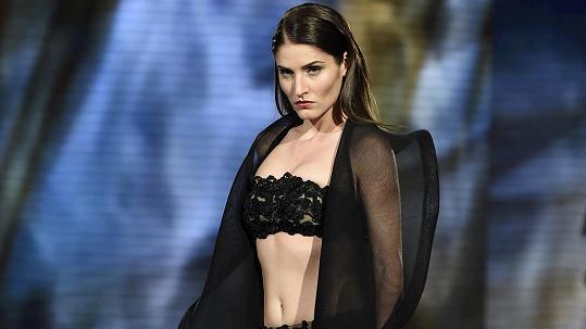 Pro tyto odvážné modely je Lucie jako stvořená.