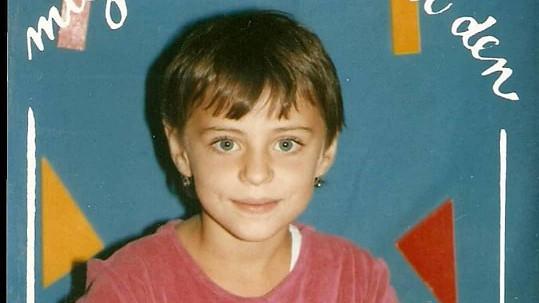 Markéta Procházková sdílela s fanoušky fotku z první třídy.