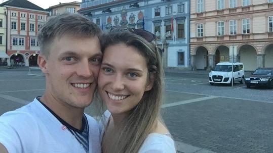 Tomáš Verner s přítelkyní Martinou
