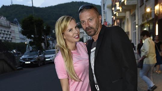 Kateřina Kristelová s Tomášem Řepkou zavítali do Varů.