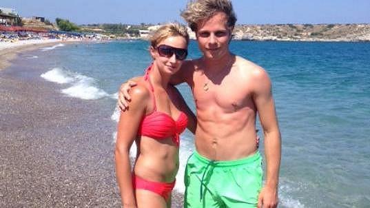Jan Onder s přítelkyní Luckou si užívali v Řecku.